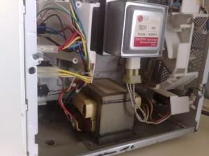 Photo de galerie - Réparation micro ondes