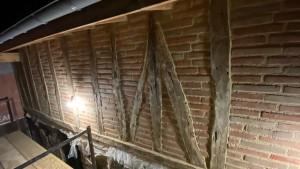 Photo de galerie - Joint de brique foraine sur mur en colombages
